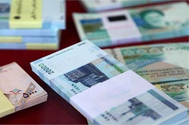 حقوق همه کارمندان دولت ۵۰۰ هزار تومان افزایش مییابد