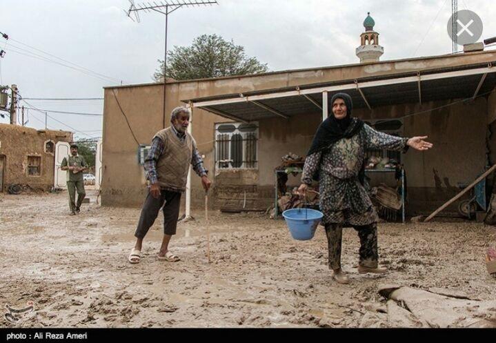 کمکهای مردمی وزوان  به مناطق سیل زده