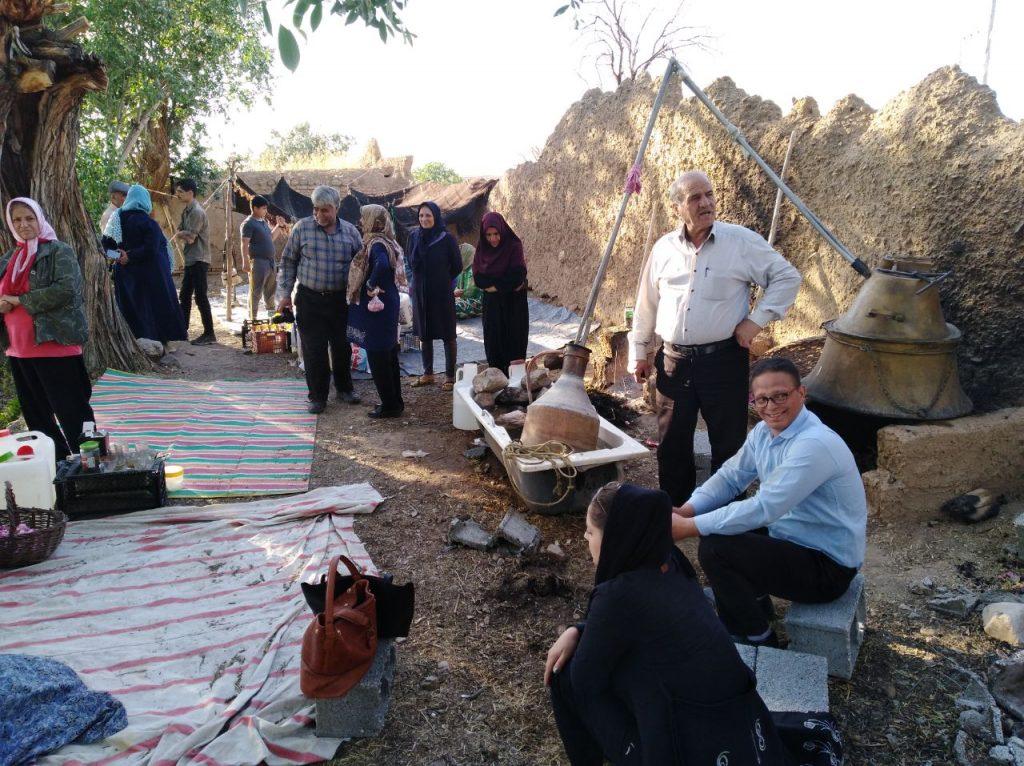 بازدید مسئولین شهری از جاذبه های گردشگری و تاریخی روستای رباط آغاکمال از توابع شهر وزوان