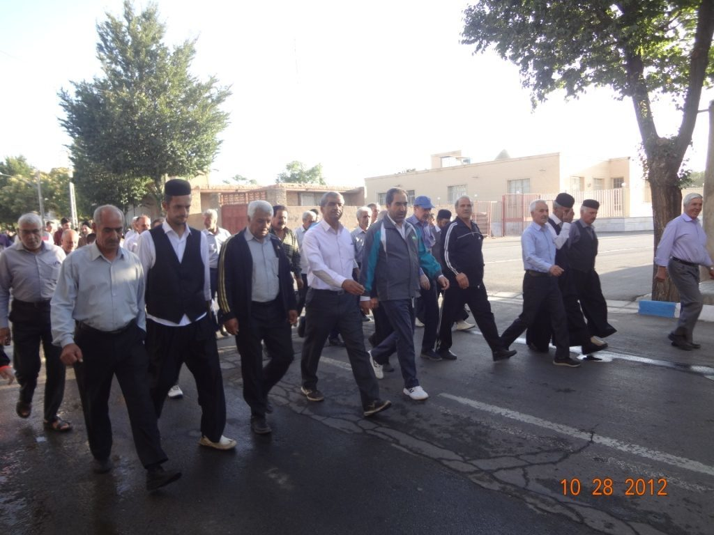 همایش بزرگ پیاده روی خانوادگی شهر وزوان همراه  با اهدای  جوایز ۱۳۹۸/۱۱/۱۸