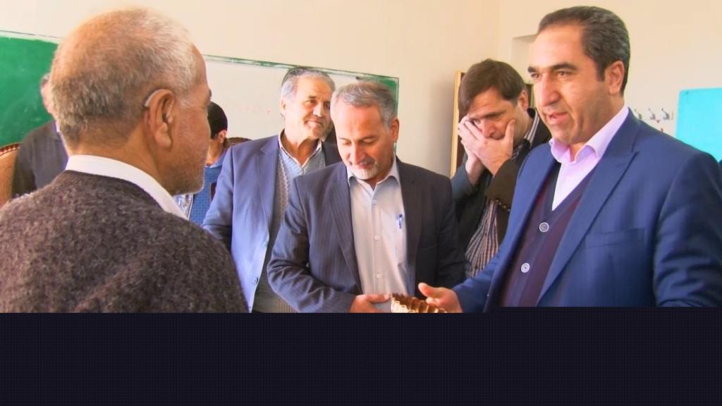 افتتاح نمایشگاه هنرهای دستی در وزوان